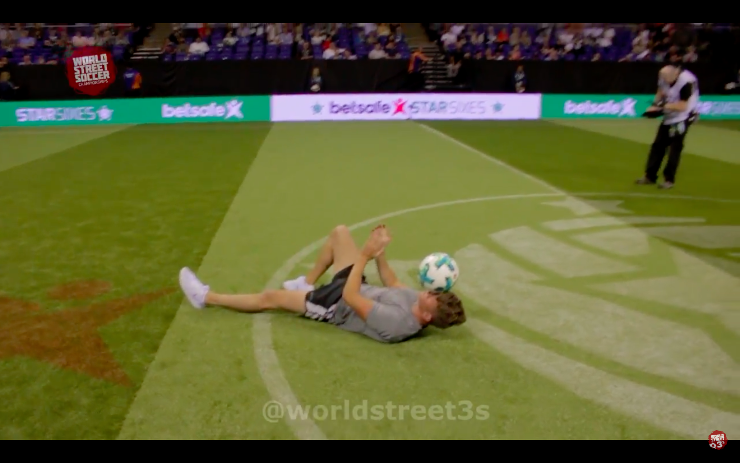 STAR SIXES FINAL - HALF TIME PERFORMANCE